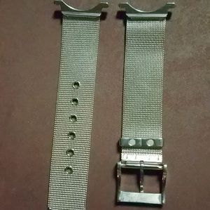 Gucci Jewelry - Interchangeable Gucci watch band and face plate